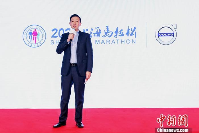 图2.沃尔沃汽车大中华区经销商网络发展与质量、市场传播与公关负责人刘鹏致辞